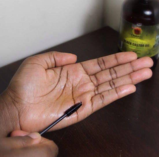 Quelles sont les précautions à prendre pour une application d'huile de ricin ?