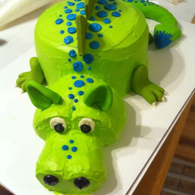 Dragon cake--okay, this one looks simpler.