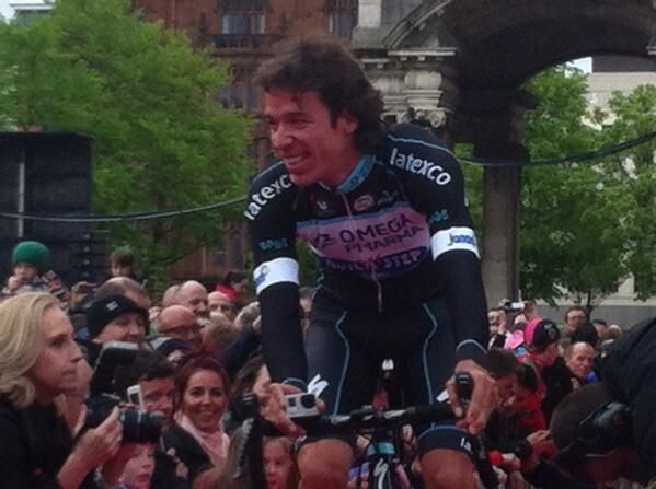 Rigoberto Uran seems to be shooting his own #Giro movie - camera in hand.