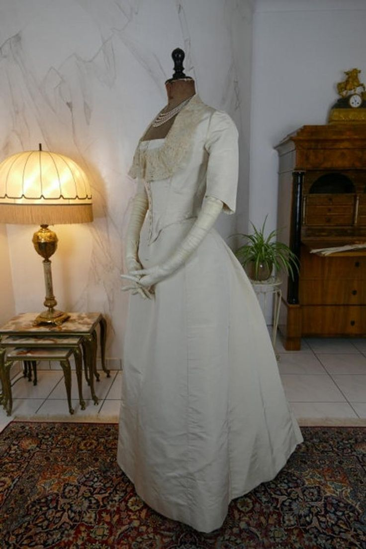 11 Wedding Dress, antique dress, antique gown, Victorian dress