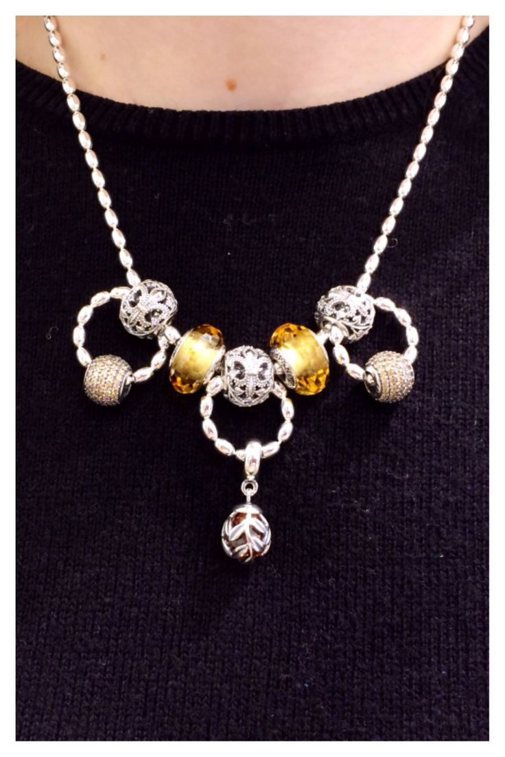 """PANDORA Necklace with Great Use of """"Rice"""" Chain, Murano and Autumn 2014 Charms. Great!"""