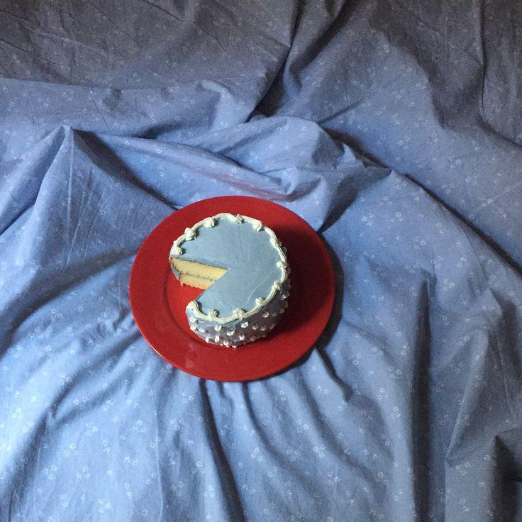 Little Blue Cake ThirdStoryCook.com #lemoncake #swissmeringue