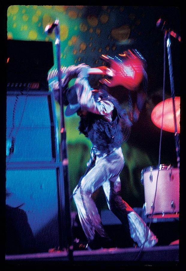 Jimi Hendrix im Fillmore East, März 1968   © Ken Regan/Collection Rolf Heyne