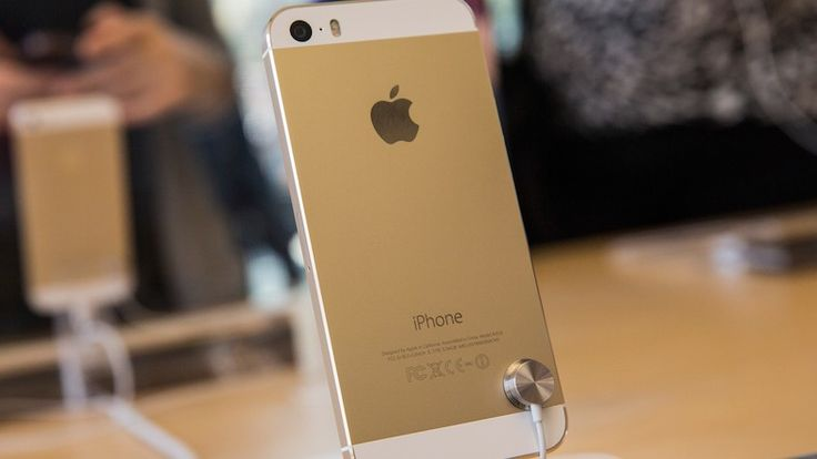 Apple iPhone 5S Sells For $10,000 On Ebay, Gold Color In High Demand in China, As New Kindle Fire HDX Line Released