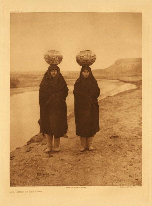 Zuni women, 1903