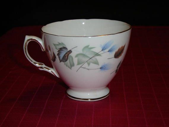 "Teacup in the Linden pattern (#8162), circa 1987  This cup is 2 3/4"" (7 cm) high x 3 3/8"" (8.6 cm) at the brim  This cup is numbered C 36 1  Made of bone china from England by Colclough    This item has no nicks, chips, cracks, or signs of repair 