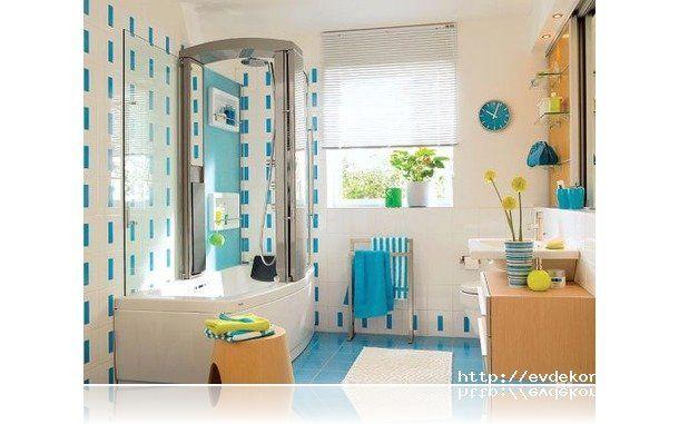 Mavi Beyaz Banyo