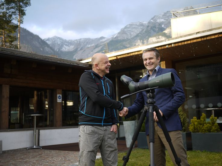 #DOY2014: The overall winner Jürgen Bergmann (left) visited us at the SWAROVSKI OPTIK headquarters in Tyrol, Austria for receiving his prize. Stefan Hämmerle, Member of the Executive Board for Marketing & Sales (right), handed him over the complete set of digiscoping equipment: ATX 25-60x85, with a TLS APO adapter, a spotting scope rail, tripod, and tripod head. Watch his video here: www.digiscoperoftheyear.com