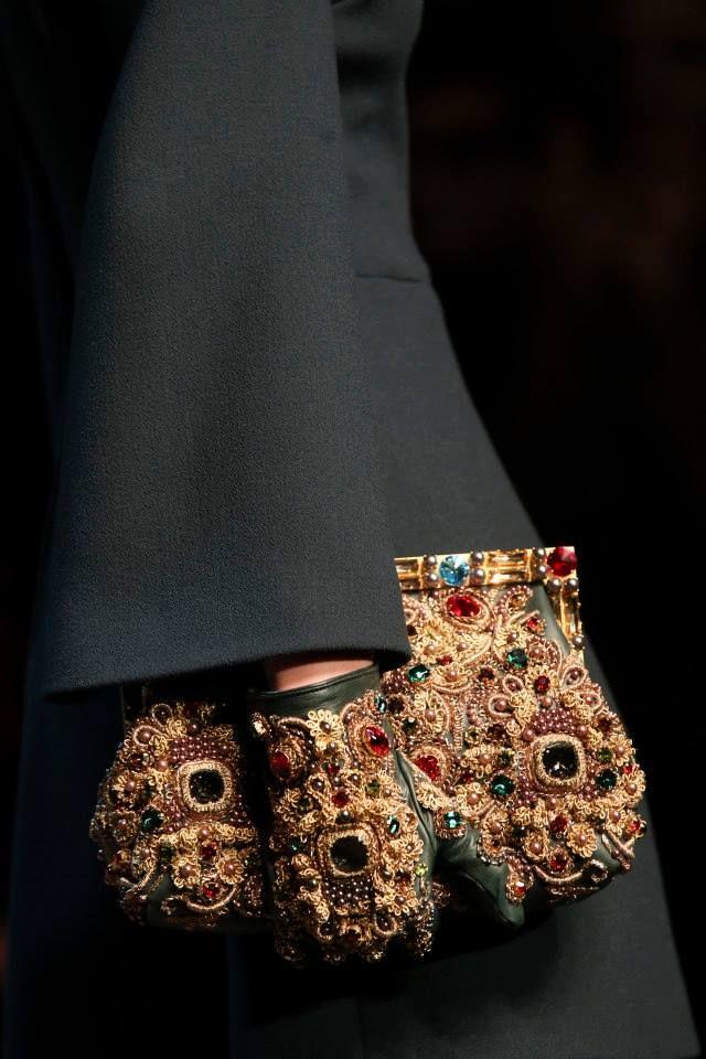 7989d0ed384b Dolce   Gabbana