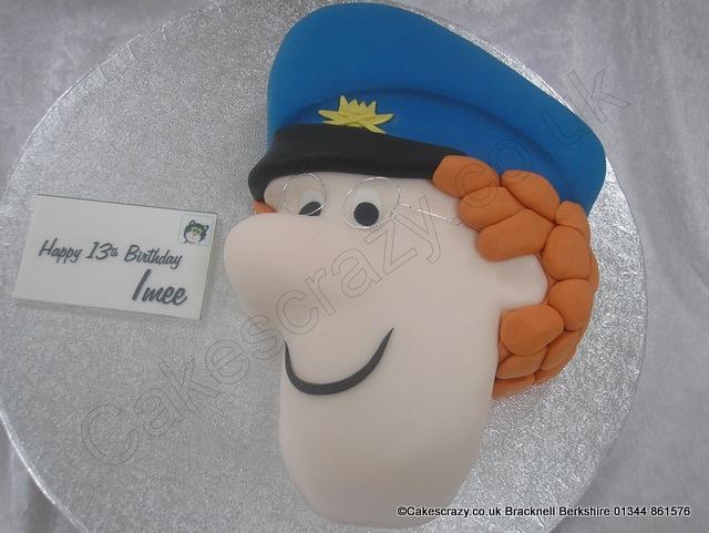 how to make a postman pat cake