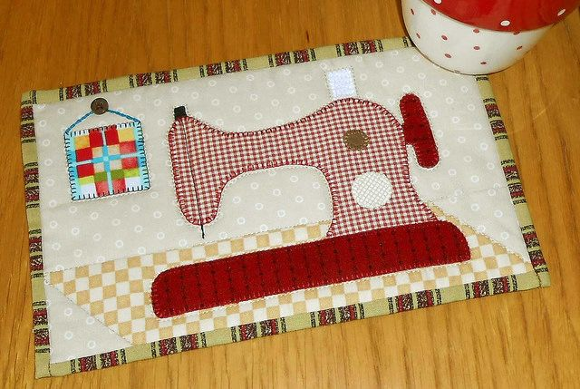 Sewing Machine Mug Rug | Flickr - Photo Sharing!