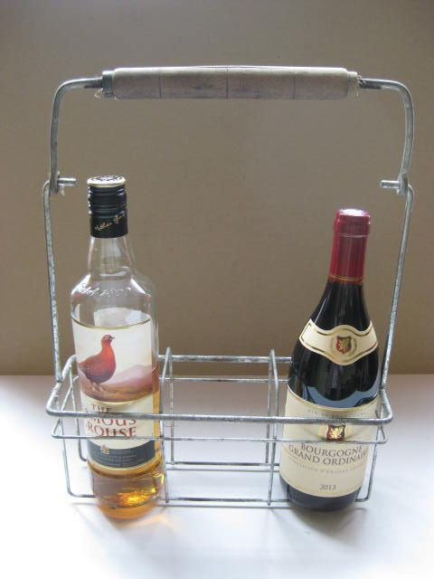 Frans vintage metalen flessenrek, flessendrager voor 3 flessen. door pollysonlyworld op Etsy