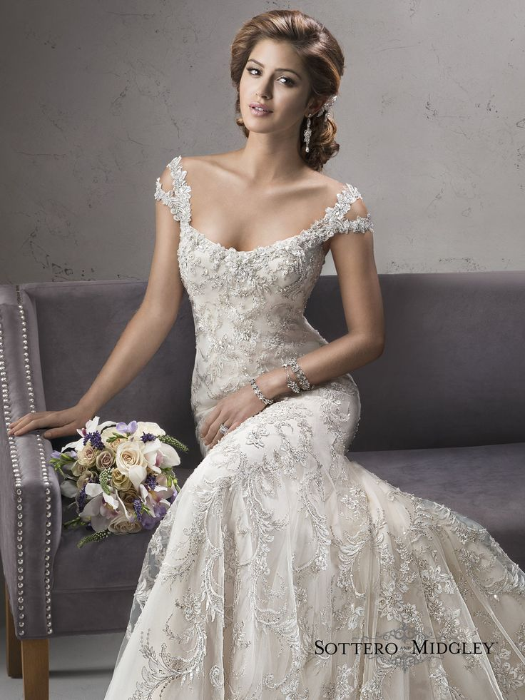 15 best Wedding Dresses images on Pinterest | Short wedding gowns ...