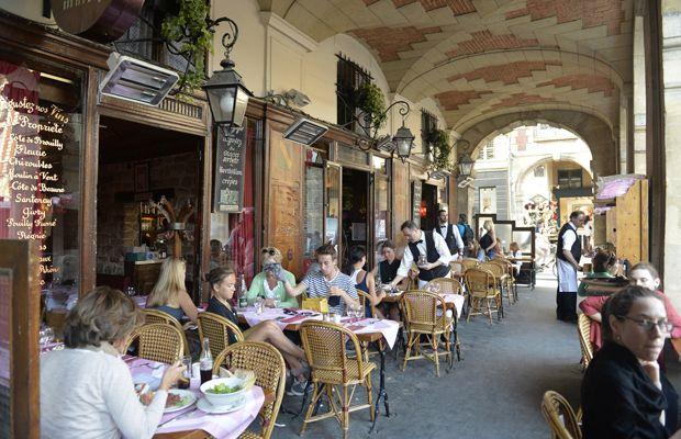 48 Stunden in Paris - Brigitte Eine Runde durch die Pariser Cafés drehen?