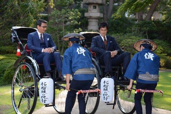 中井貴一&阿部寛、人力車で登場!フォトギャラリー