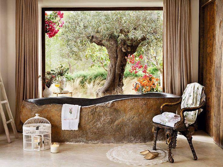 Ein Hauch Stil In Ihrem Zuhause Mit Bettwäsche, Geschirr, Wohnaccessoires,  Handtüchern Oder Dekoration Im Winterschlussverkauf Von Zara Home.