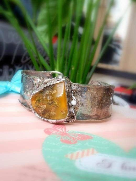 http://megasilver.pl/bransoleta-z-bursztynem-p139 #Bracelet #metalwork #handmade #yellow #orange #bursztyn #amber #stone #jewelry #jewellery