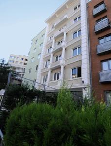 #Otel #Oteller #OtelRezervasyon - #İstanbul, #Şişli - Cheya Residence Tesvikiye Şişli - http://www.hotelleriye.com/istanbul/cheya-residence-tesvikiye-sisli -  Genel Özellikler Sigara İçilmeyen Odalar, Asansör, Hızlı Check-In/Check-Out, Emanet Kasası, Ses Yalıtımlı Odalar, Isıtma, Bagaj Muhafazası, Klima Otel Etkinlikleri Bebek Bakımı/Çocuk Hizmetleri, Kuru Temizleme, Döviz Alım Satım, Araba Kiralama, Tur Danışma, Faks/Fotokopi, Bilet Hizmeti İnternet