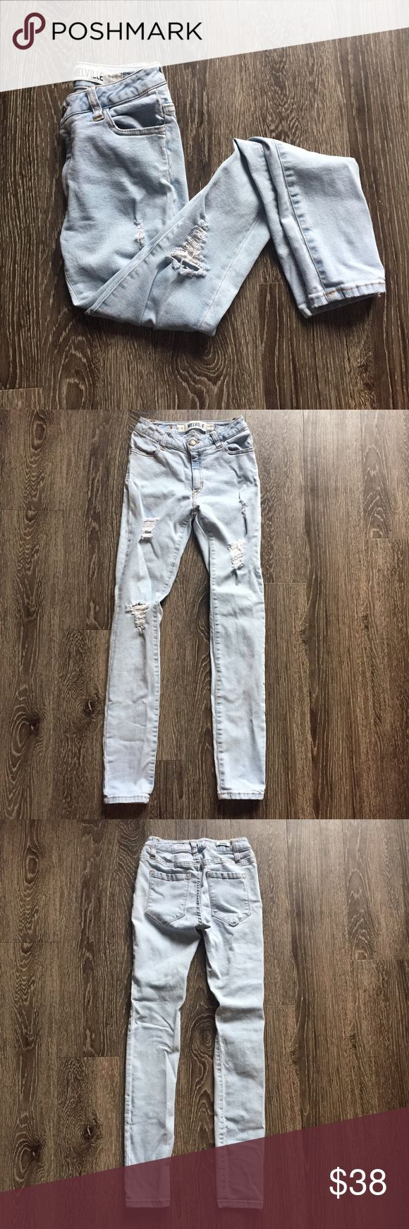 Brandy Melville light wash distressed skinny jean Like new condition. Light wash skinny jeans with distressing on the front. European size 38=US size 0-2. I would say these fit closer to a 0. Open to offers Brandy Melville Jeans Skinny