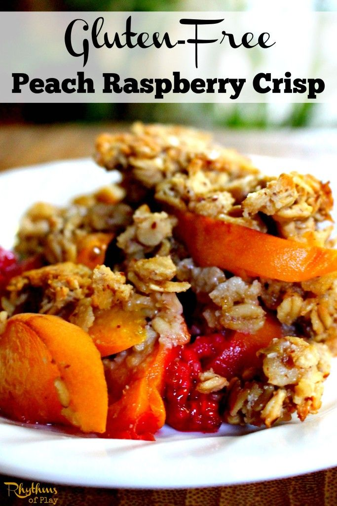 Gluten-free peach raspberry crisp recipe. Serve warm right out of the oven plain, with fresh cream, or vanilla ice cream. My family fell in love at first bite… and I think you will too.
