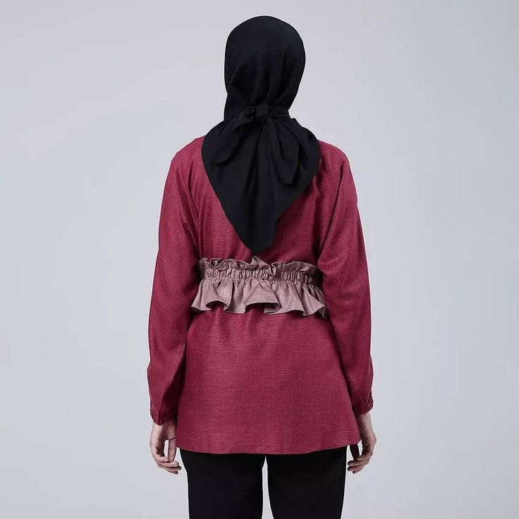 Rear detail of madelie maroon.  Shop this look at :  www.eclemix.com  www.hijup.com  www.blibli.com . Or reach our admin contact for private shopping at :  line@: @eclemix  WA : 081326004010. #eclemix #myeclemix #hijup #myhijup #bliblisekarang #fashion #hijab #bandung