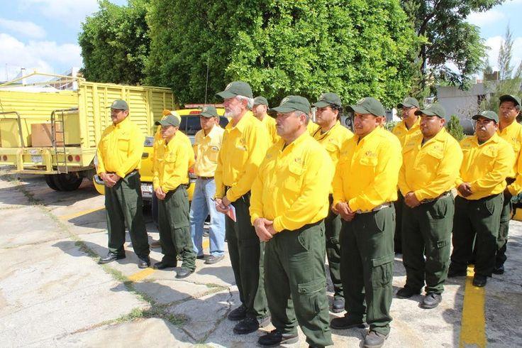 Un total de 20 combatientes y un técnico especializado, de Michoacán, agrupados en dos brigadas apoyarán en trabajos de control y liquidación de incendios en ese estado – Morelia, Michoacán, ...