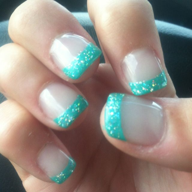 turquoise tip nails. I like this color :)