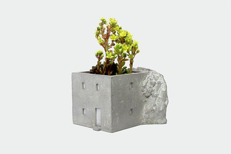 """""""이웃탐험"""" by YEOP (2015) - Cement Planter(Concrete Pot)"""