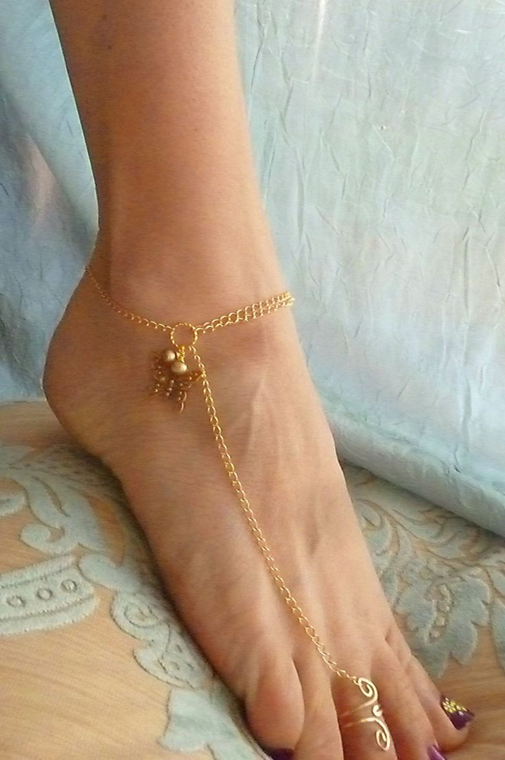 Gold Butterfly Anklet - want!