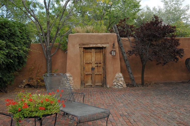 62 best images about houses on pinterest straw bale for Adobe house plans with courtyard