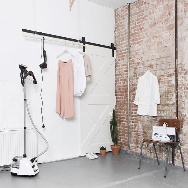 Meanwhile in #amsterdam having #photoshoot with @studiosarphaat thank you so much! Amazing job! 👏🏻👏🏻 #garmentsteamer#sustainablefashion #sustainable #lifestyle#boutique#retail#fashiondesign#travel#travelsteamer#studio#photography#fashion