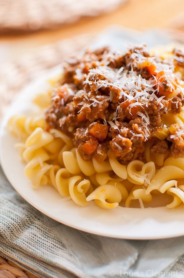 A budget-friendly twist on a classic homemade bolognese sauce. The long cooking time means ultimate flavour in this classic Italian meat sauce.