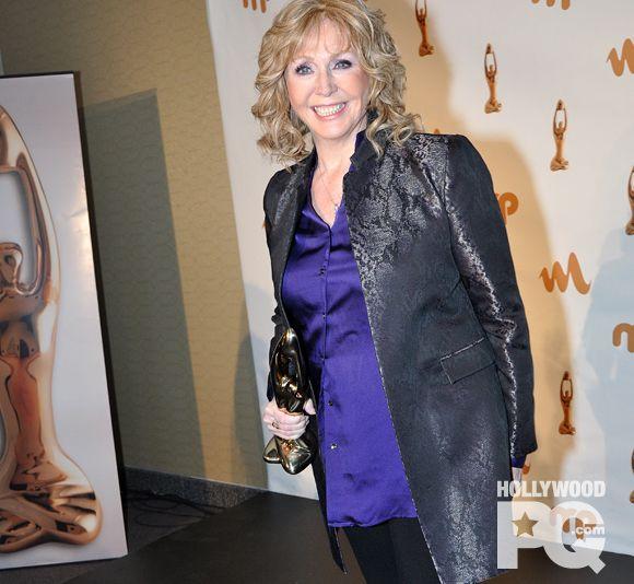 Renée Martel est en deuil   HollywoodPQ.com