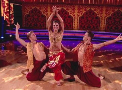 Maria Menounos, Derek Hough: DWTS Bollywood Samba Video