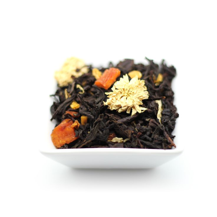 Master and Margarita. The powers of darkness and light play out in this novel blend of full-bodied Ceylon #blacktea and crisp Chinese #greentea. Peach and passion fruit aromas echo Margarita's devotion, as chrysanthemum imparts the optimism of the Master in the face of despair. A truly philosophical brew! Read the book! #FoxTeaClub #tea #teas #teatime #tealove #tealover #tealovers #fruittea #MasterandMargarita