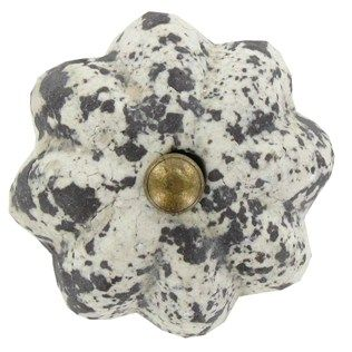 hobby lobby cabinet knobs 128 best ideas about knobs amp such on druzy 16356