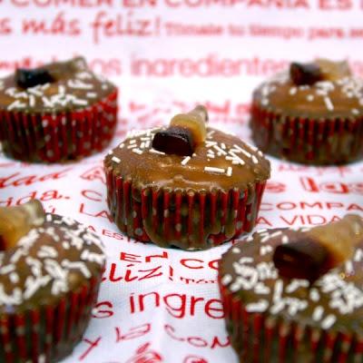Objetivo: Cupcake Perfecto.: Cupcakes de Coca-Cola... o de cómo mi zapatilla regresó en el momento menos esperado