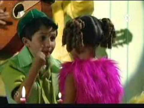 La Familia Peluche Primer Periodo Feliz de Bibi parte 1-2 - YouTube