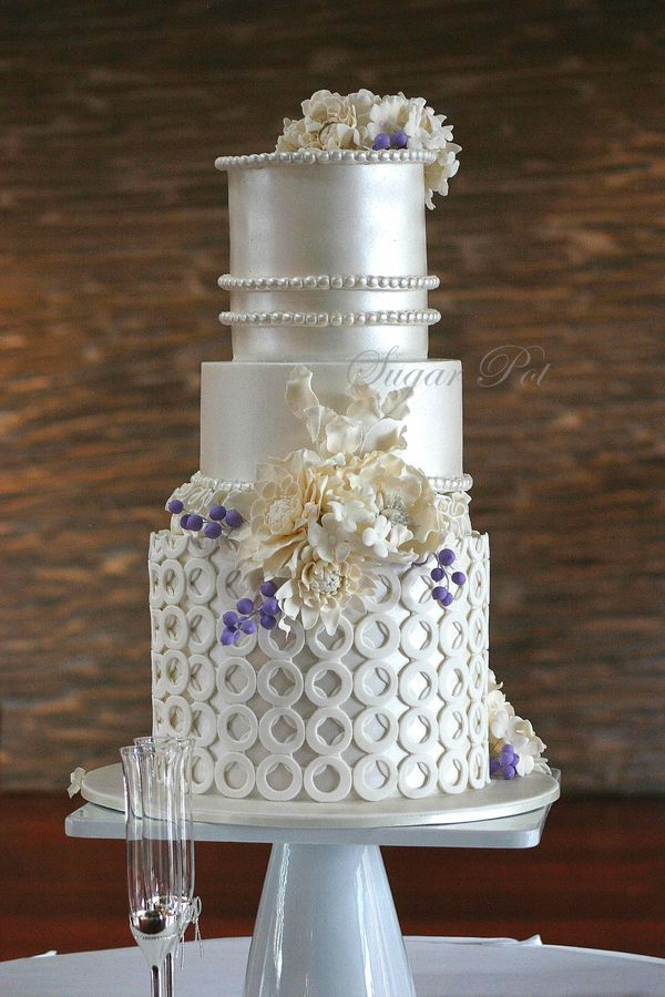 cakes on pinterest silver cake beautiful wedding cakes and cakes