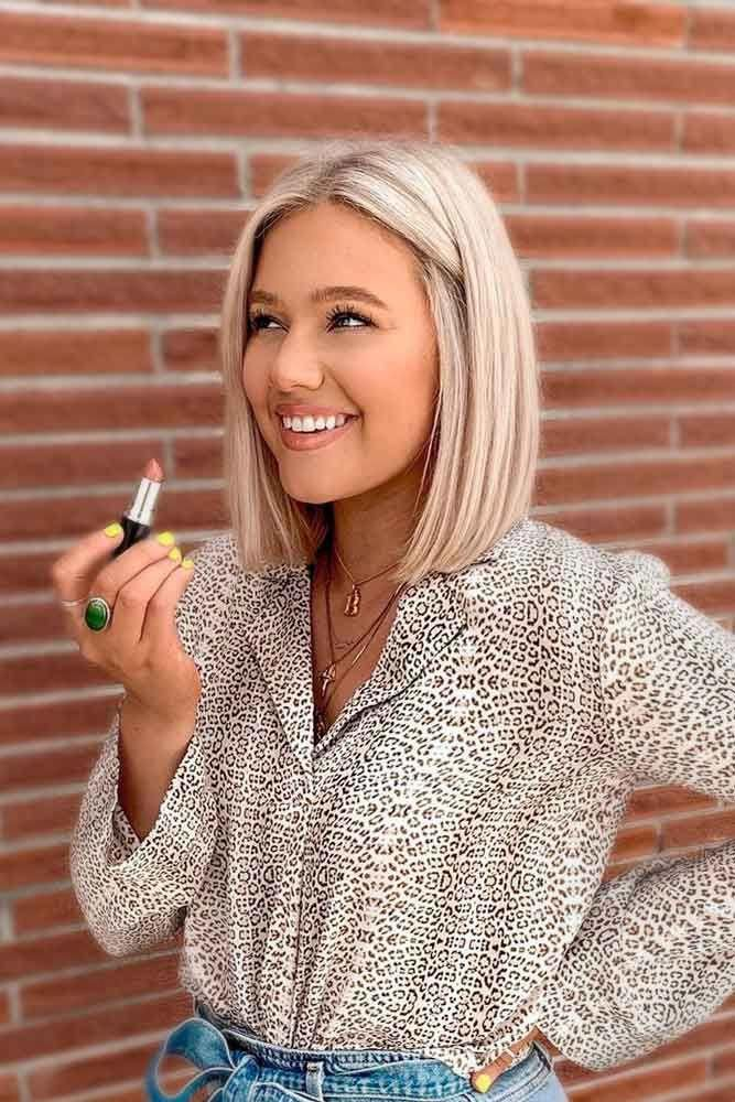 Classic Blunt Bob #sleekhair #blondehair ★ Medium length hair styles are numerous, and picking one seems a tough job. But mastering your hair will give you many advantages. Consider the options! #glaminati #lifestyle #mediumlengthhairstyles #bluntbob