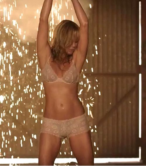 This Jennifer aniston topless movie scene final, sorry