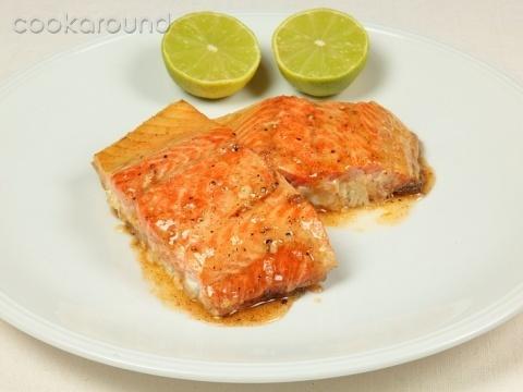 Salmone alla griglia glassato al miele e lime: Ricette di Cookaround | Cookaround
