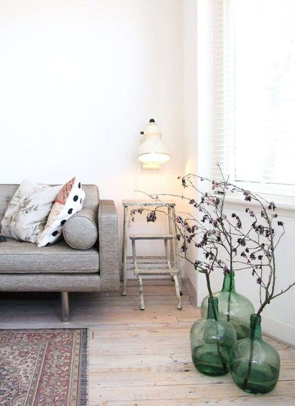 Arredare con le damigiane - Damigiane per decorare il soggiorno