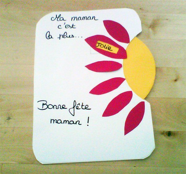 http://www.momes.net/bricolages/carte-disque/carte-variante.jpg