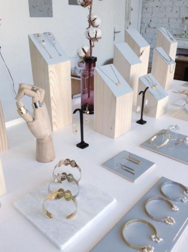 100 Creative Jewelry Visual Merchandising Ideas Jewellery