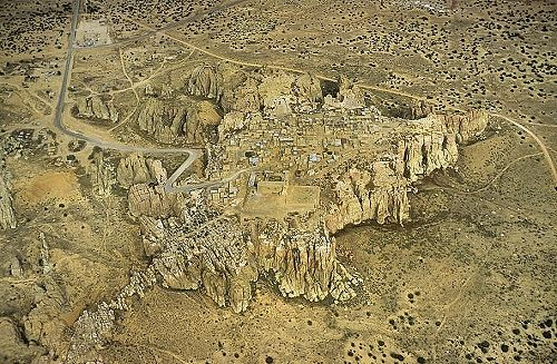 pueblo of acoma chat sites Acoma pueblo and sky city and a great introduction to what one sees atop the mesa where the pueblo of the acoma / the people chat and chat you up and i.