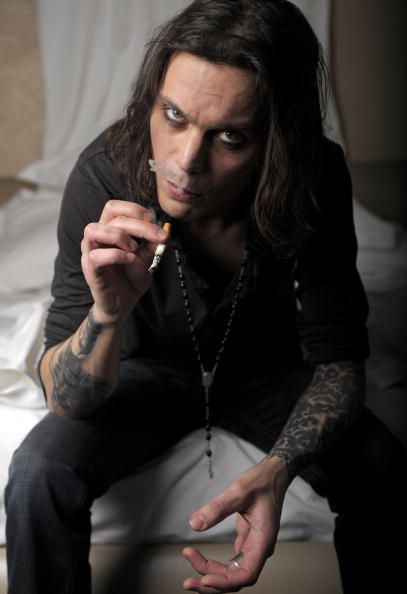 Ville Valo..there is something about him. I do not even like him, it is just something what makes me listen...Disarm me with your loneliness Just like always before Deceive me out of my emmptiness Telling me how you love Me with all your heart No more