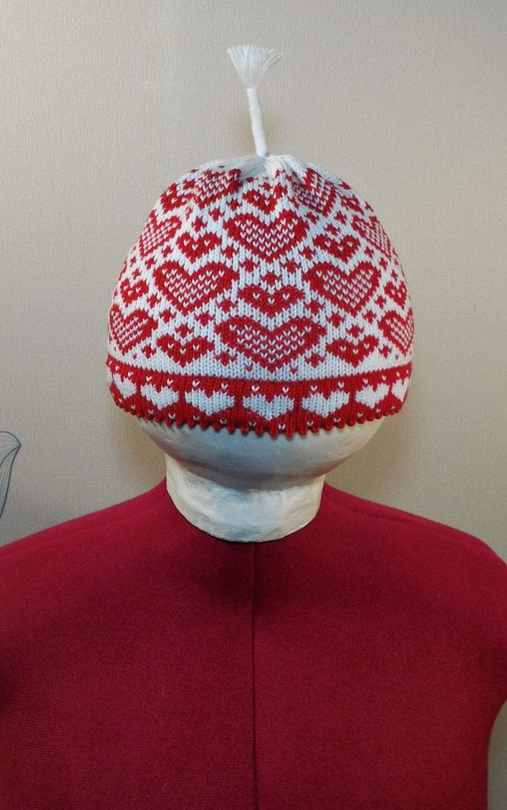 Cotton hand-made hats with hearts pattern and antenna by LanaNere