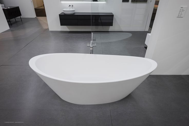 The endless #beauty of pure shapes. ORIGINE, free standing #bathtub in ASTONE®.