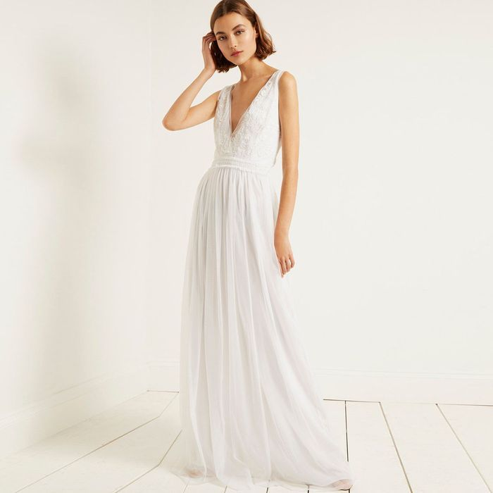 Expensive Looking High Street Wedding Dresses To Buy Now And Wear In 2021 High Street Wedding Dresses Affordable Wedding Dresses Simple Wedding Dress Short